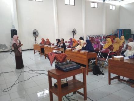 Kegiatan Pembinaan Guru Paud